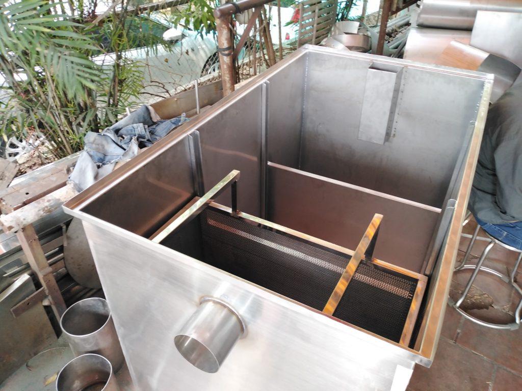 Bể tách mỡ công nghiệp Hải Dương có kích thước lớn