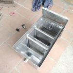 Cấu tạo thùng lọc mỡ cơ bản gồm những bộ phận nào?