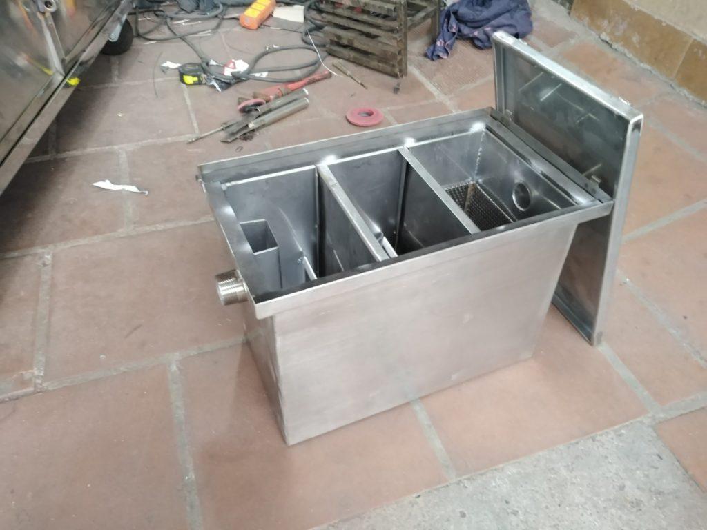 thùng lọc mỡ ba ngăn