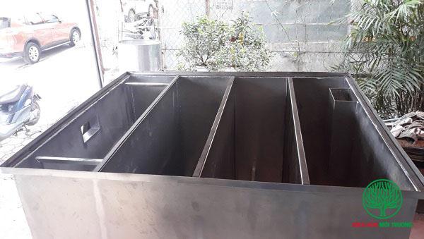 bể có 4 ngăn riêng biệt