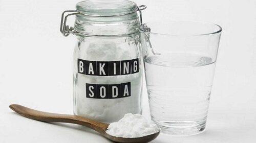 Hãy sử dụng hỗn hợp baking soda với giấm để khắc phục sự cố