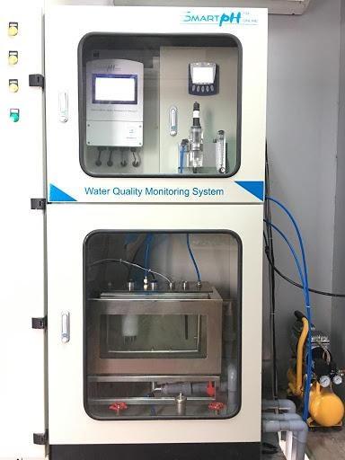 Mẫu thiết bị quan trắc nước thải tự động Smartph được sử dụng phổ biến