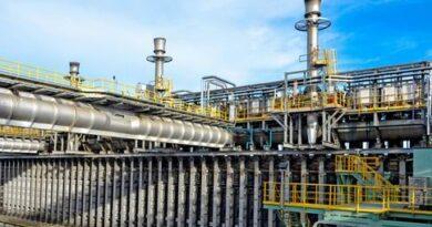 dầu bên trong nhà máy sản xuất than cốc cần phải được loại bỏ