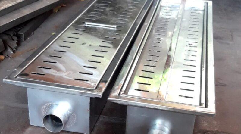 máng nước nhà hàng làm bằng inox có ngoại hình đẹp phù hợp thẩm mỹ